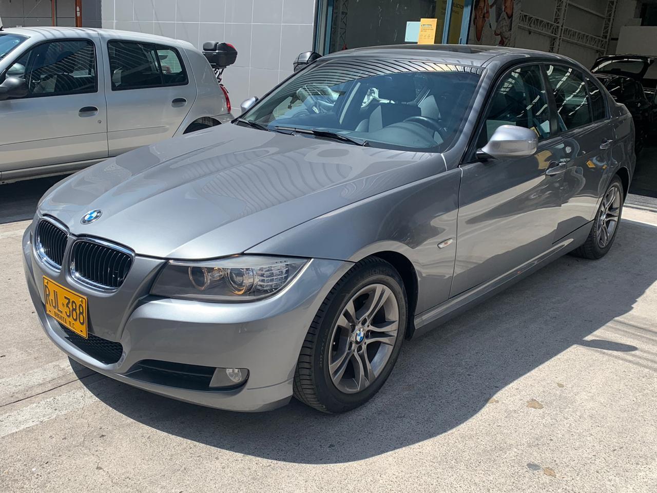 BMW 318i E90  2011  RJL388