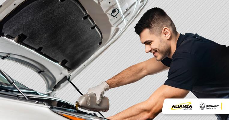 ¿Cuándo hacer el cambio de aceite y filtro en el motor del vehículo?
