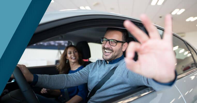 ¿Por qué es importante asegurar tu vehículo con una póliza de seguro todo riesgo?
